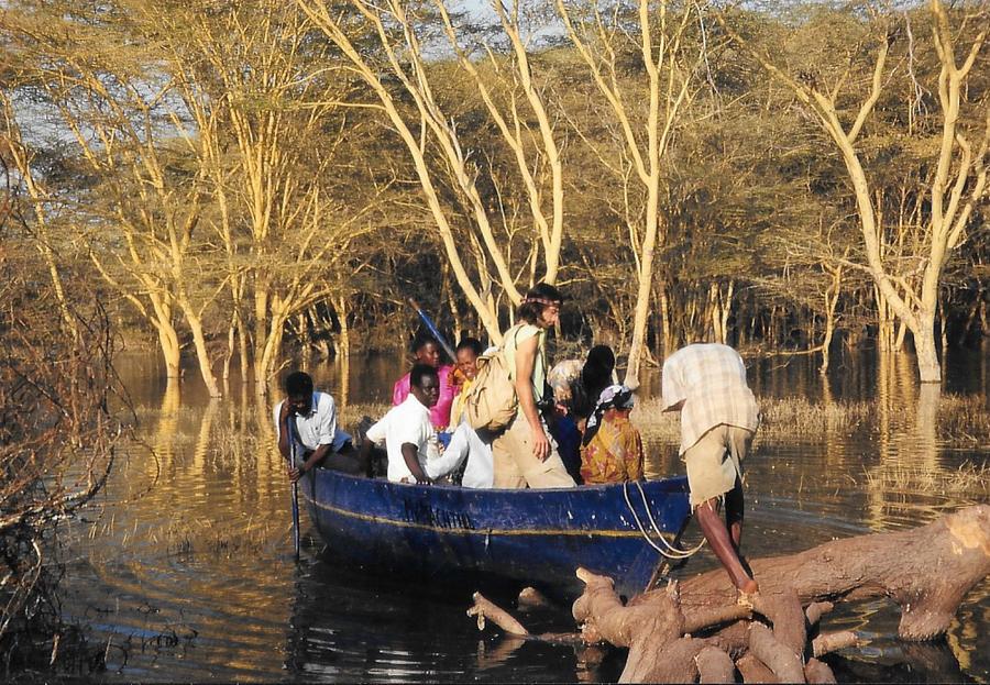 Hilfswerk Bassotu - Katesh - neues Boot