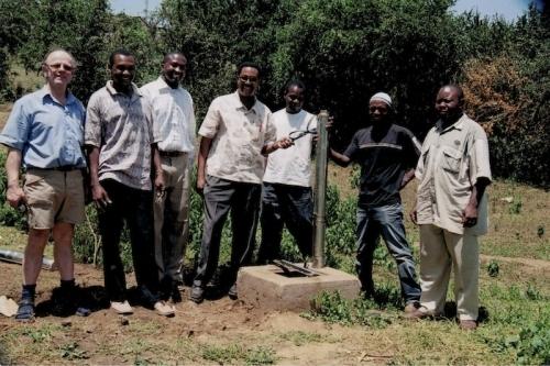 Hilfswerk Bassotu - Sakina Schulanlage Wasserversorgung