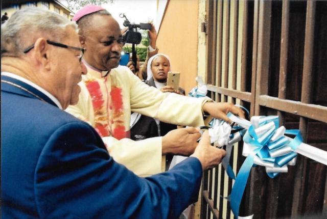 Hilfswerk Bassotu - Sakina Schulhaus Einweihung
