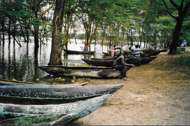Hilfswerk Bassotu - der See wo alles begann
