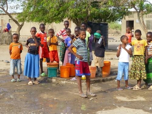 Grosse Beachtung schenken wir nach wie vor sauberem Trinkwasser. Verschmutztes Trinkwasser ist und bleibt lebensgefährlich!