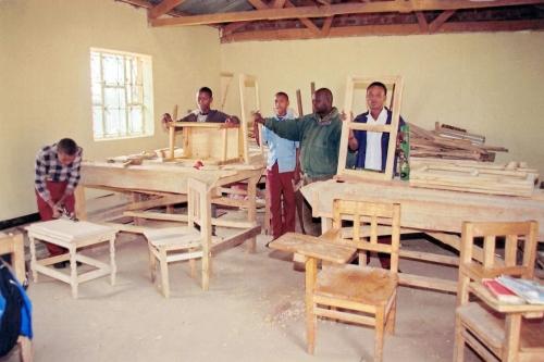 Hilfswerk Bassotu - Ausbildung